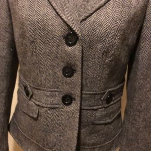 Ann Taylor Size 4 Cropped Herringbone Blazer